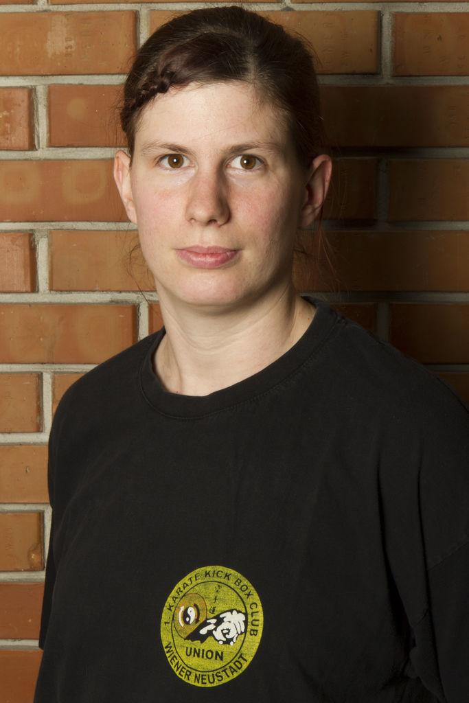 Yvonne Zottl